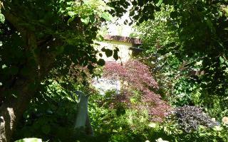 Garten mit Skulptur / Urheber: Haus Steffie
