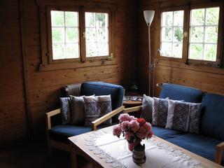 Wohnzimmer_im_Ferienhaus.jpg