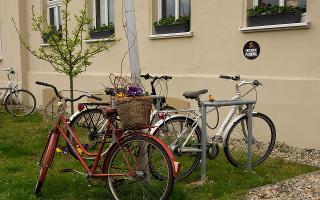 Fahrradständer am Haus