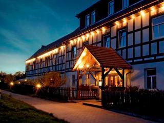 Hotel Hammermühle bei Nacht
