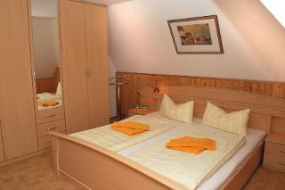 31514 Schlafzimmer