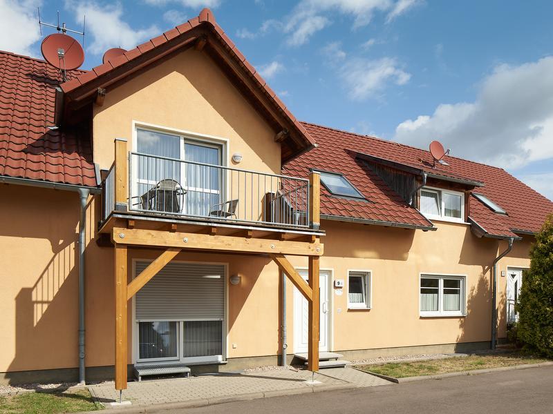 """Ferienwohnung """"Am Waidweg"""" - Außenansicht mit Blick auf die Balkone und Terassen 9B"""