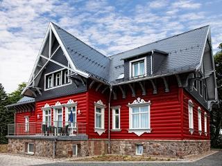 Villa Silva Oberhof Hausansicht Sommer