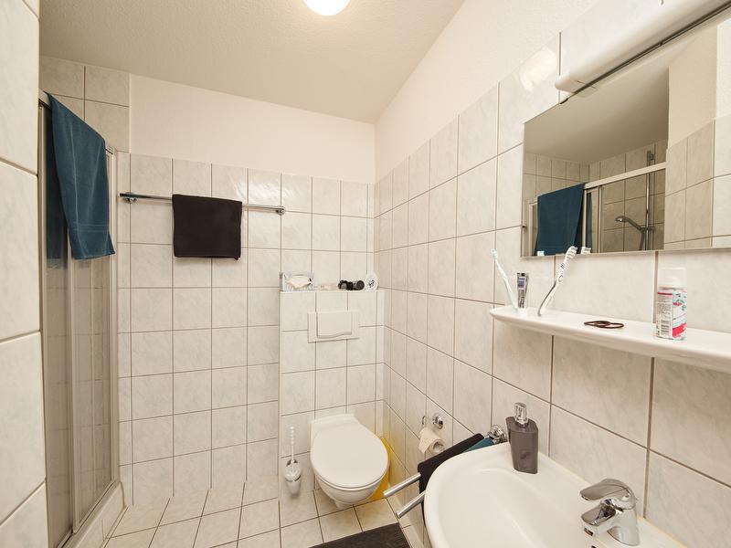 Ferienwohnung 9B Nr. 3 - Badzimmer mit Dusche