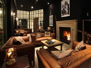 Bobby Jones Smokers Lounge