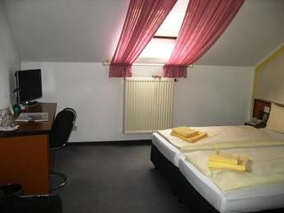 """Hotelzimmer Hotel """"Zur Kanone"""""""