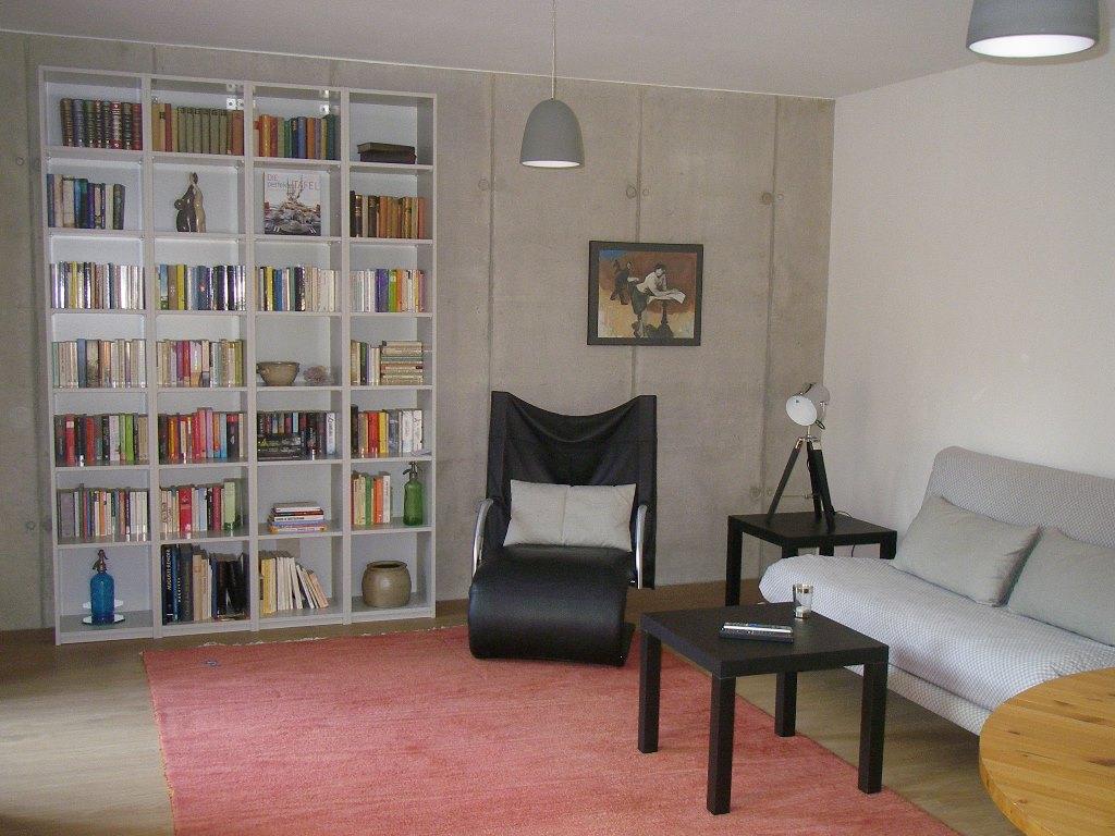 Studio3 (Eisenach). Ferienwohnung (Wohnzimmer mit offener ...